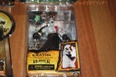 DrDMkM-Figures-NECA-Kratos-Golden-Fleece-Armor-Medusa-Head-001